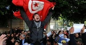 الشعب التونسي يصنع نموذجا لللإنتقال الديمقراطي