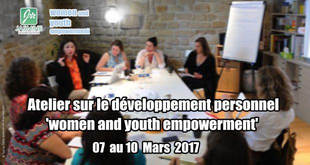 Jasmine organise un atelier sur le développement personnel (3)